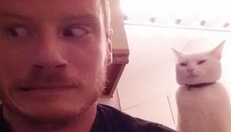 """""""Selfie con il gatto"""" [CONCORSO]"""