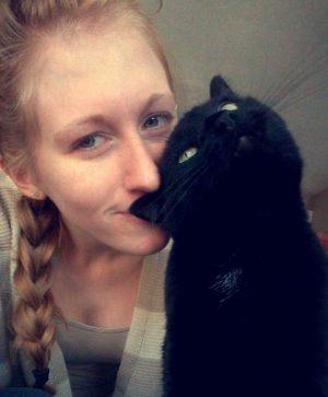 ragazza-gatto